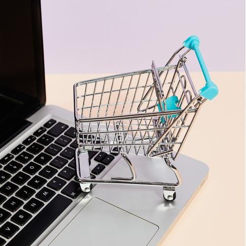 Materace online – dlaczego warto kupować przez Internet?